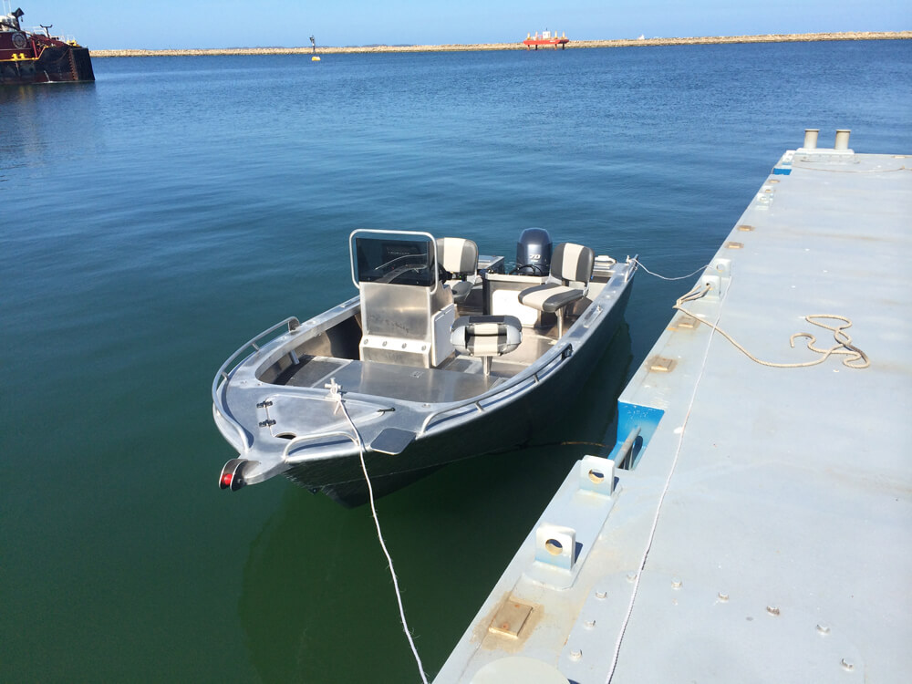 4.8m Side Console